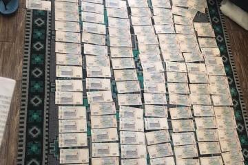 Schutzmasken für Armee: Offiziere von Medizindienst forderten eine Million Hrywnja Schmiergeld