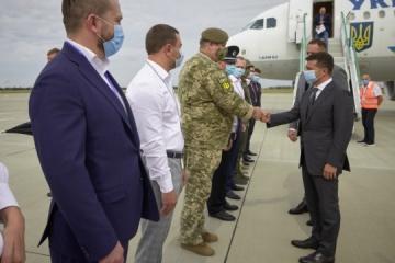 Volodymyr Zelensky arrive dans la région de Kherson pour une visite de travail