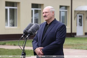 ルカシェンコ・ベラルーシ大統領、国営TVでのロシア記者の活動を認める