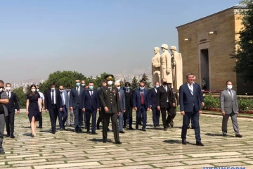 Ukrainische Delegation unter Leitung von Uruskyj in der Türkei eingetroffen