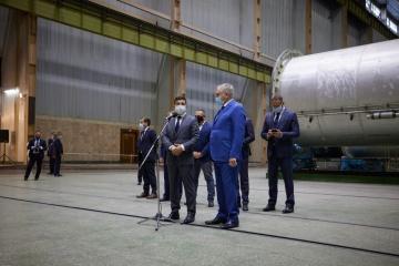 Zelensky: Admiramos a Elon Musk pero no nos olvidamos que tenemos Yuzhmash