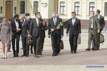 Kuleba und Biegun sprechen über Zusammenarbeit und Belarus