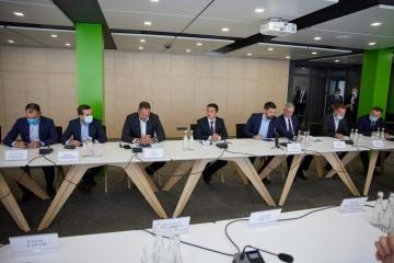 Ukrainian president meets with business representatives of Cherkasy region