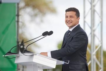 Zelensky leads presidential rating