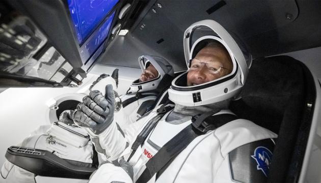 Маск і Трамп привітали NASA із завершенням польоту Crew Dragon