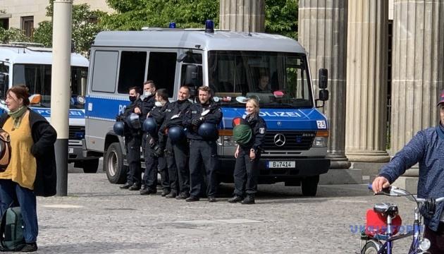 У Німеччині 30 поліцейських виявилися залученими до екстремістів