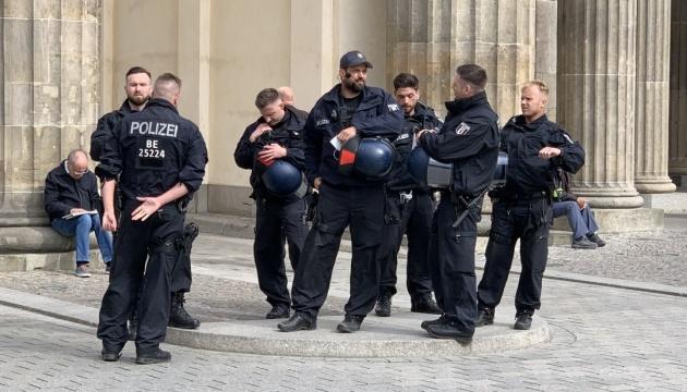 У Німеччині зростає кількість політично вмотивованих злочинів - МВС