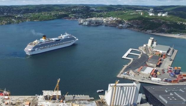 Норвегия запретила высадку с больших круизных лайнеров в своих портах