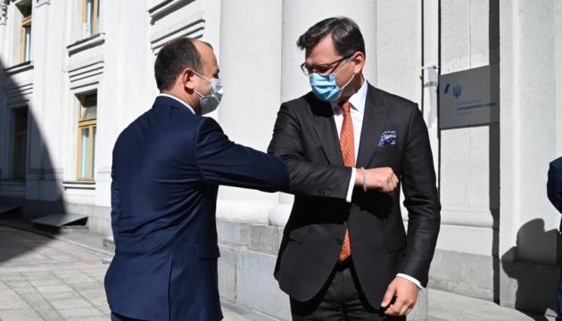 Безпека та євроінтеграція: Кулеба розпочав перемовини з главою МЗС Молдови