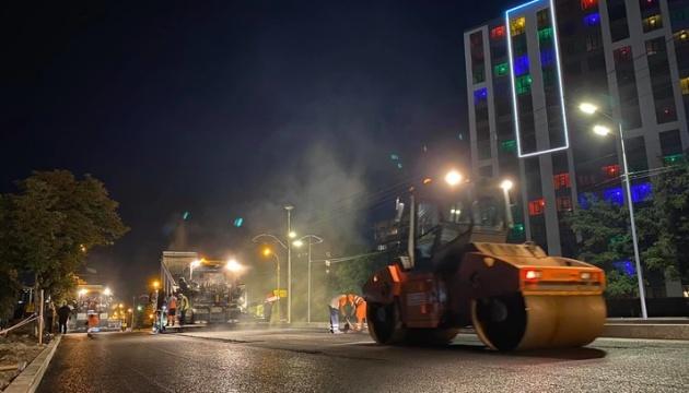 В Киеве завершается капитальный ремонт проспекта Любомира Гузара