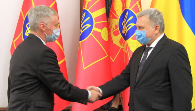 Литва виступає за збереження санкцій проти РФ до повної деокупації українських територій