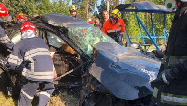 У Києві дві BMW зіткнулися в лоб – троє людей загинули на місці