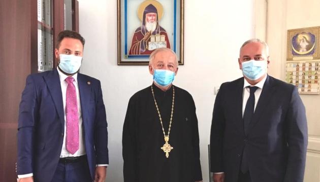 Представники посольства і Союзу українців Румунії зустрілися з радником Українського православного вікаріату