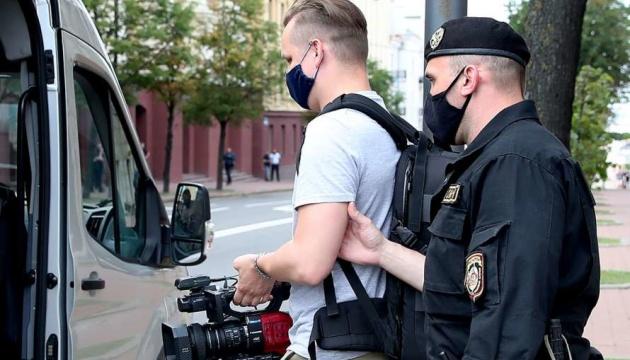 У Мінську затримали українських журналістів
