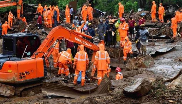 В Індії через зсув ґрунту загинули понад 40 осіб