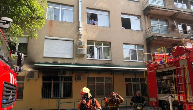 На Закарпатті горіла лікарня, евакуювали 200 осіб