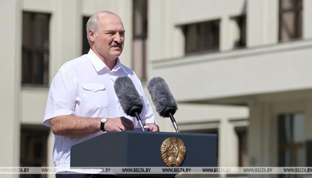 Лукашенко взяв участь у мітингу, організованому на його підтримку