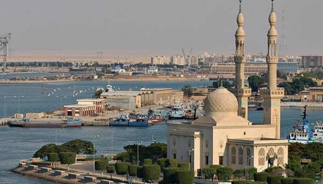 Влада Єгипту наказала утилізувати небезпечні речовини, що зберігаються у портах