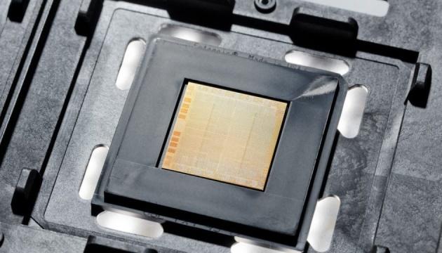 IBM представила 30-ядерний процесор