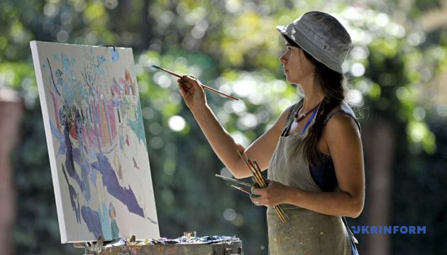 На пленер у Вінниці зібралися художники з 12 країн