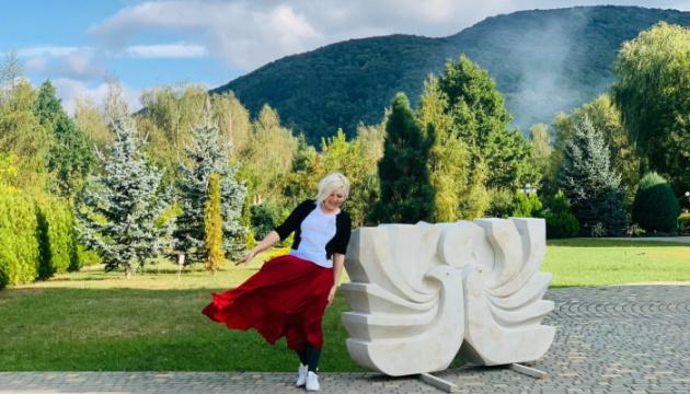 Туристов зовут на квест по Карпатскому скульптурному пути