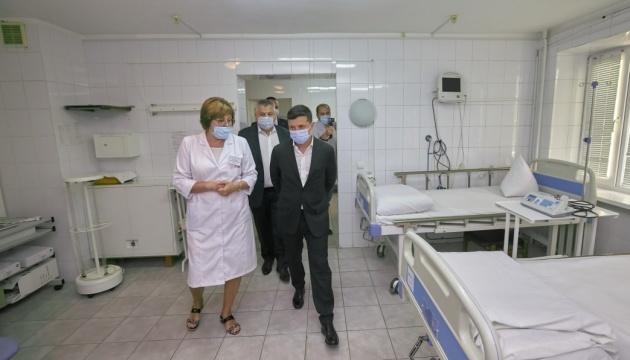 Зеленський доручив розв'язати проблему з корпусами Запорізького госпіталю