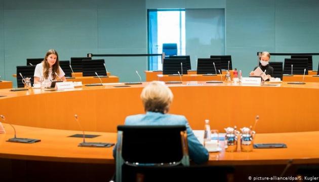 Меркель встретилась с экоактивисткой Тунберг