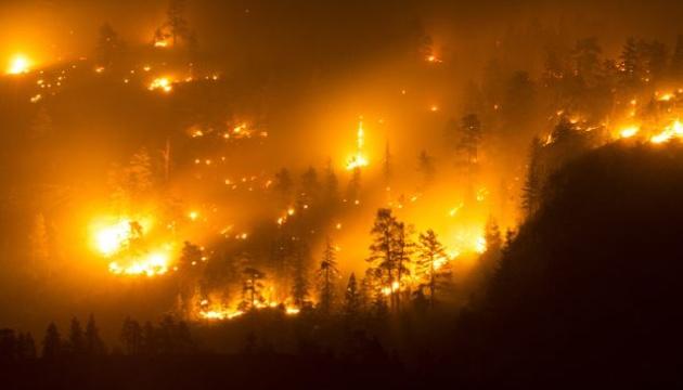 У Канаді оголосили евакуацію через лісову пожежу