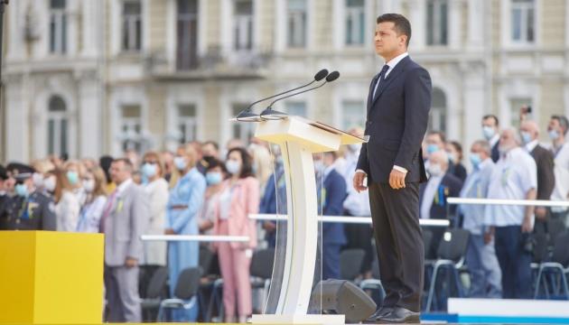 Selenskyj: Diejenigen, die einen Teil der Ukraine kampflos geschenkt haben, werden aussagen