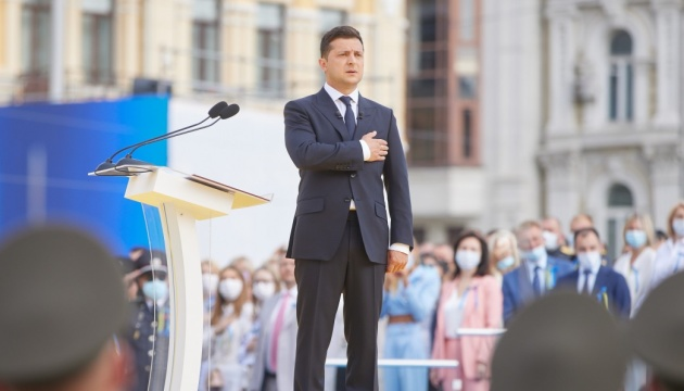 Президент инициировал учреждение двух государственных премий - Патона и Скорика