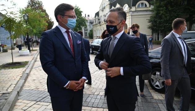 FM Kuleba invites Germany to join platform for de-occupation of Crimea