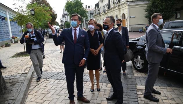 宇独外相、ベラルーシでの抗議者への暴力を非難
