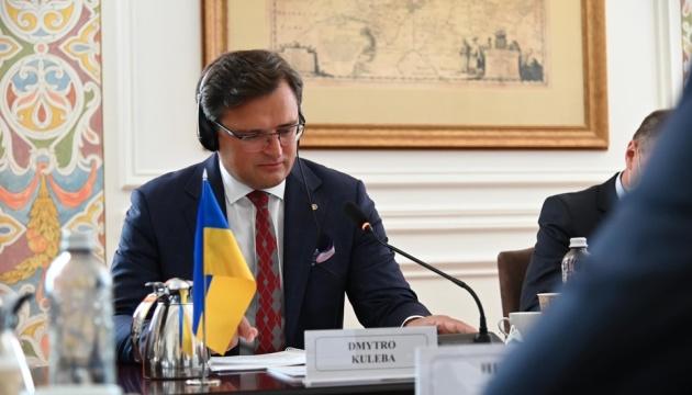 МИД уже работает над организацией визита Санду в Киев - Кулеба