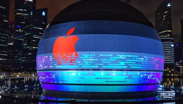 Apple в Сінгапурі відкриває перший у світі магазин на воді