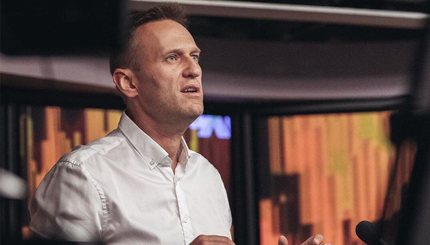 """Отруту могли нанести на одяг Навального - розробник """"Новічка"""""""