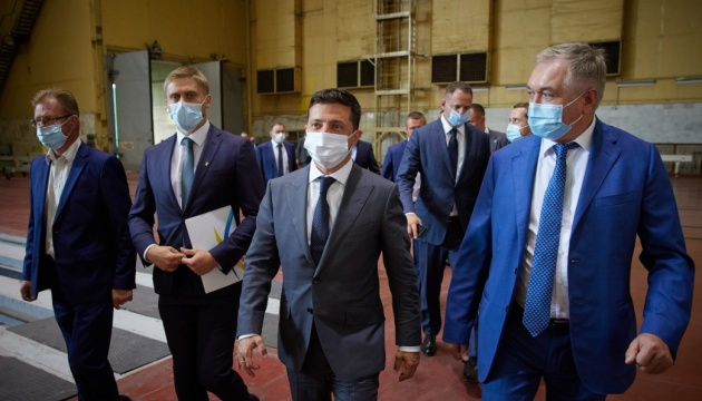 Zelensky: Ukraine to invest more than UAH 80 bln in road and bridge repairs