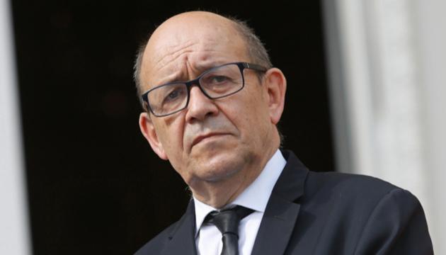 Глава МЗС Франції закликає Росію прозоро розслідувати отруєння Навального