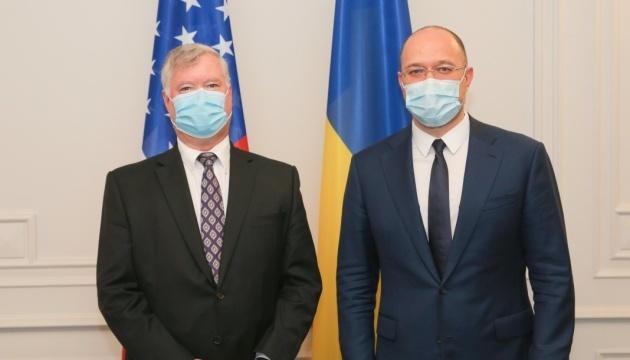 PM Shmyhal, U.S. Deputy Secretary Biegun agree on support in fight against COVID-19