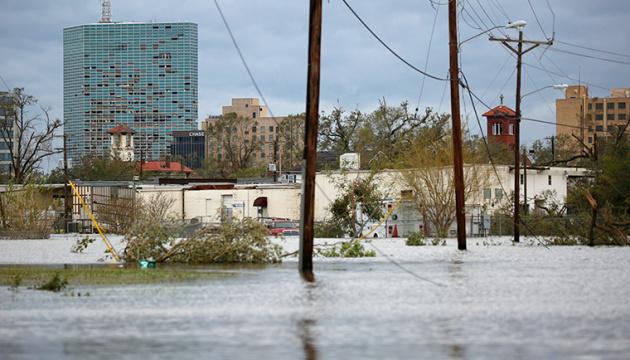 Ураган Лора наделал беды в Штатах, унеся жизни шести человек