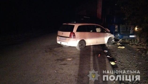 На Миколаївщині зіткнулися Opel і вантажівка, постраждали п'ятеро дітей