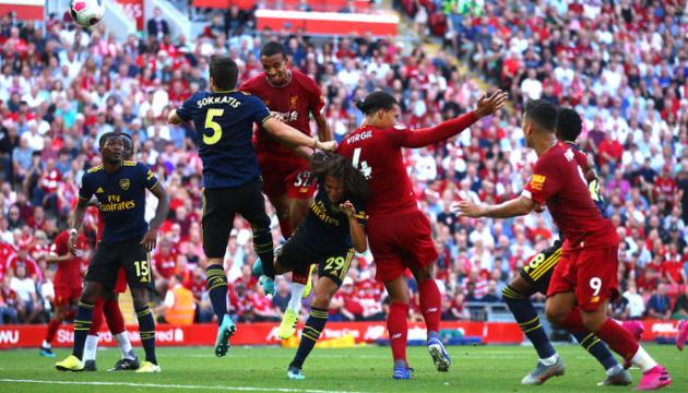 «Ліверпуль» проти «Арсеналу»: перший трофей сезону