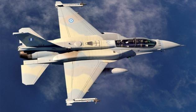 Туреччина заявляє про перехоплення грецьких літаків над Середземним морем
