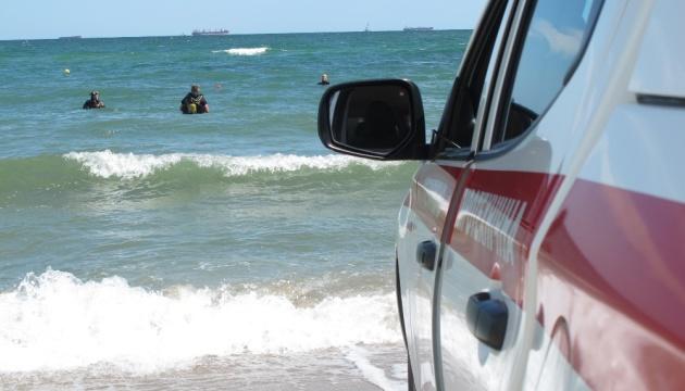На пляжі Чорноморська знешкодили міну часів Другої світової