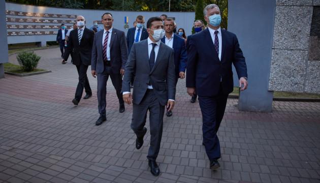 Три події світу. Дипломатичні візити, самовпевненість Путіна та NordStream2 спотикання
