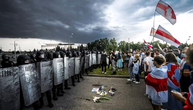 Белорусский оппозиционер в Европарламенте: Лукашенко усиливает репрессии, опираясь на помощь РФ