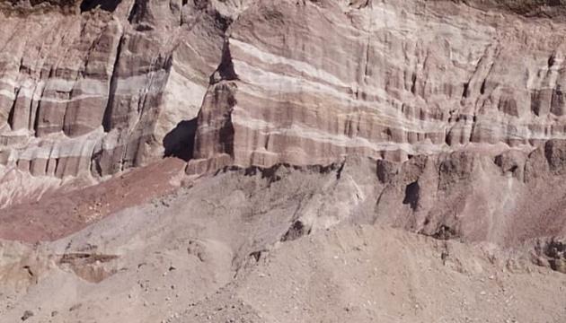 Житомирщина приглашает туристов увидеть кварцитовые горы