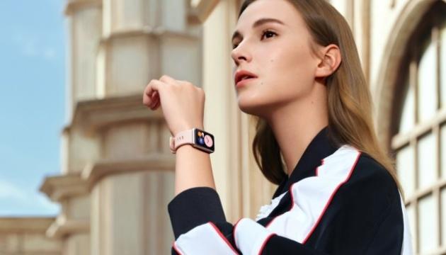Huawei представила новые смарт-часы с прямоугольным экраном