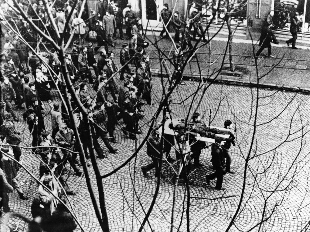 Фото: Демонстрації в грудні 1970 року в Гдині