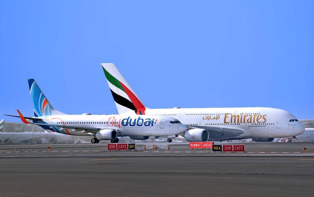 Літаки Flydubai та Emirates в аеропорту Дубая / Фото: Emirates