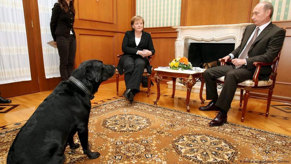 Ключова роль перейшла до особистих стосунки Путіна та Меркель